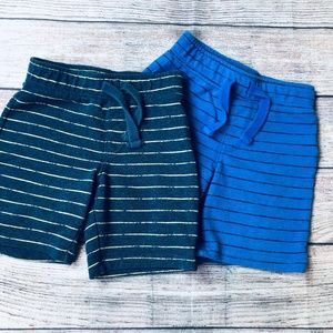 Set of 2 Old Navy cotton pull on shorts boys 3t